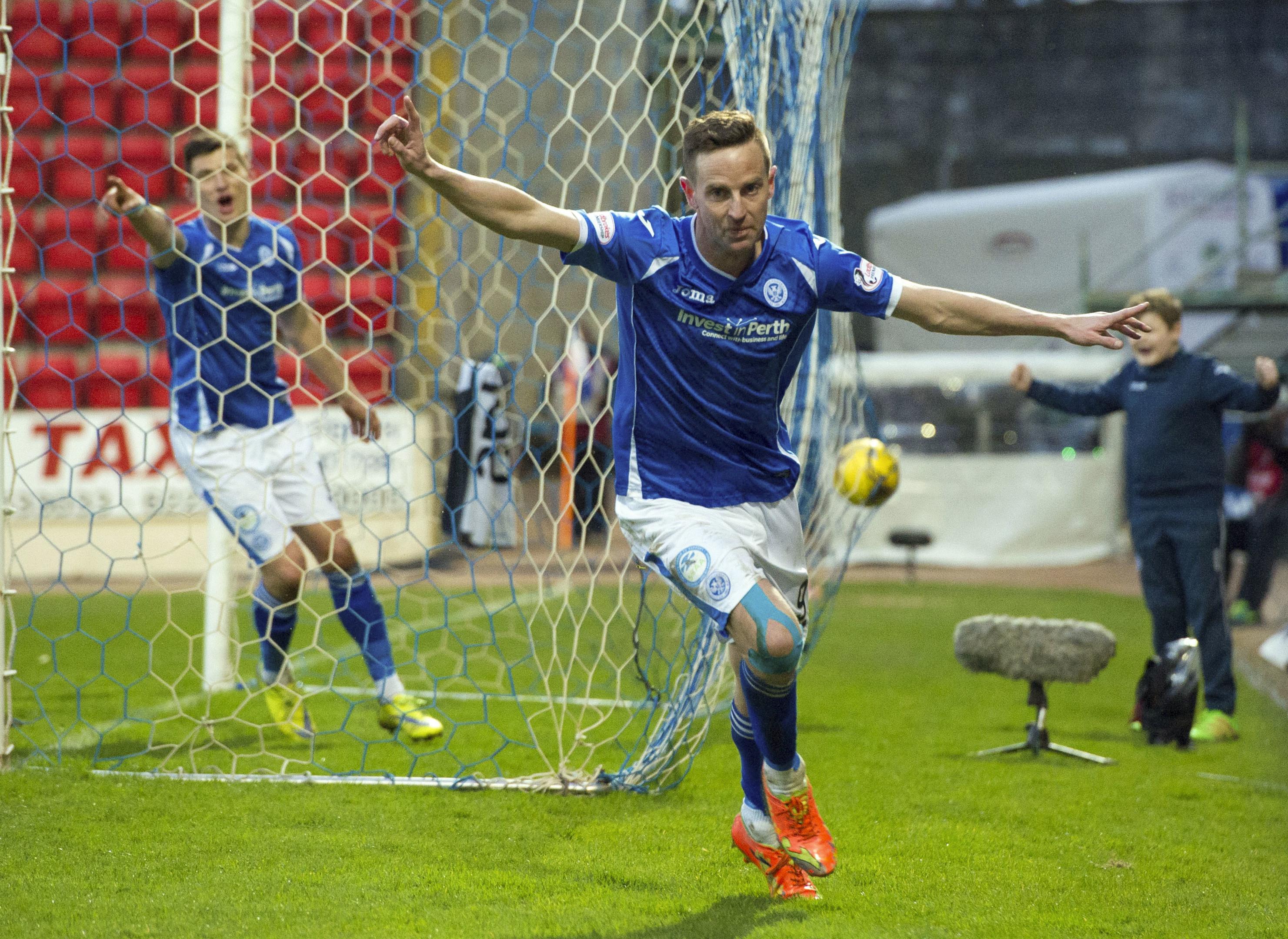 Steven MacLean celebrates his goal.