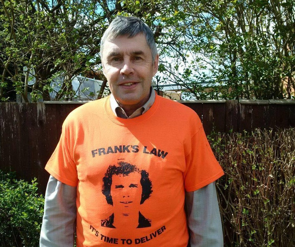 Chesterfield legend Ernie Moss showing his support for Frank's Law.
