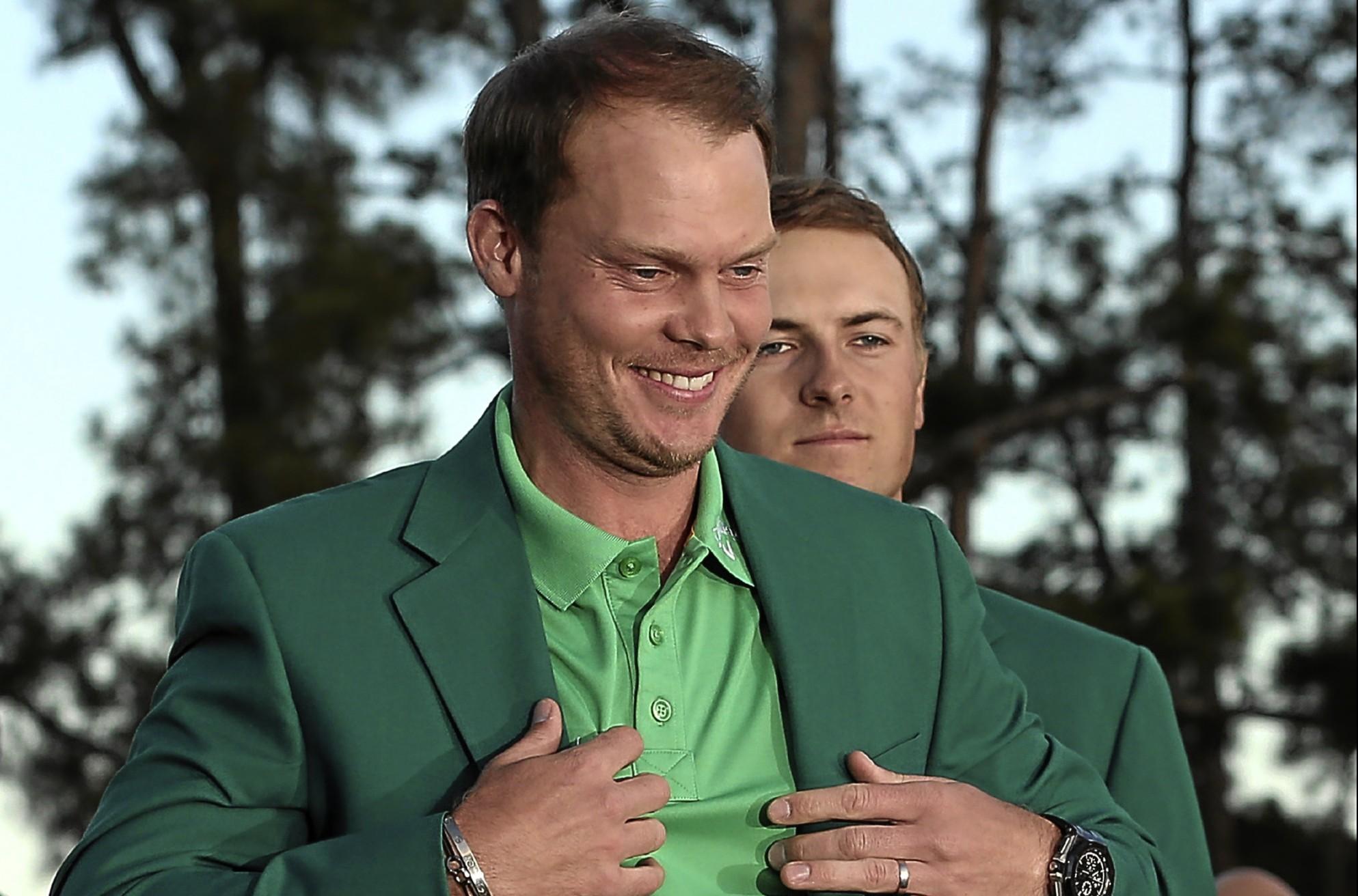 Danny Willett receiving his Green Jacket.