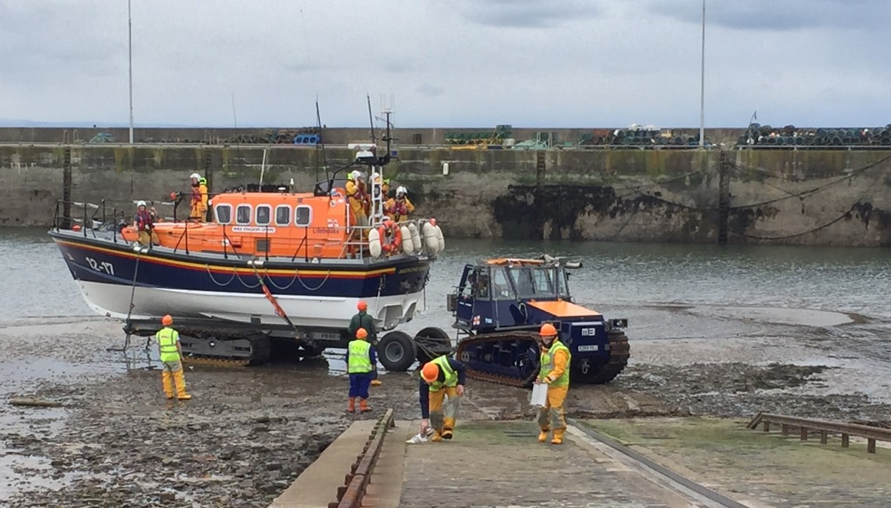 The Anstruther RNLI lifeboat crew in action at a low water launch.