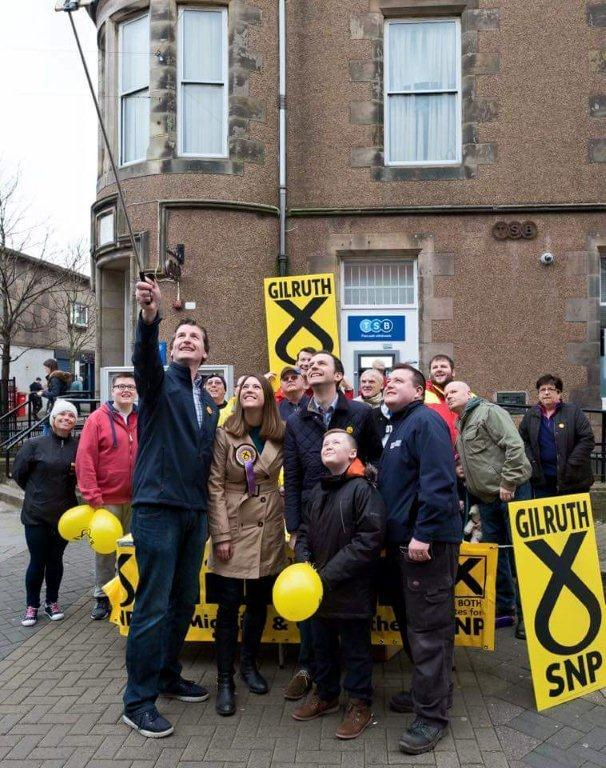 Jenny Gilruth with supporters, including North East Fife MP Stephen Gethins
