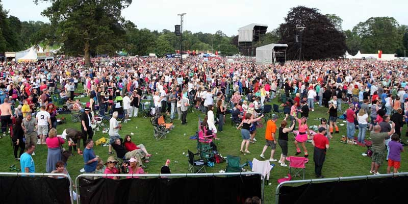 Steve MacDougall, Courier, Scone Palace Grounds, off Isla Road, Perth. Rewind Scotland: The 80's Festival. Scenes from the Saturday. Pictured, a few of the crowds watching the main stage.