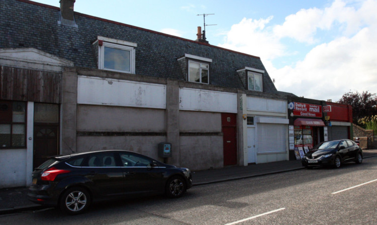 Units at 116-118 City Road that are subject to a planning proposal for change of use to an off-licence.