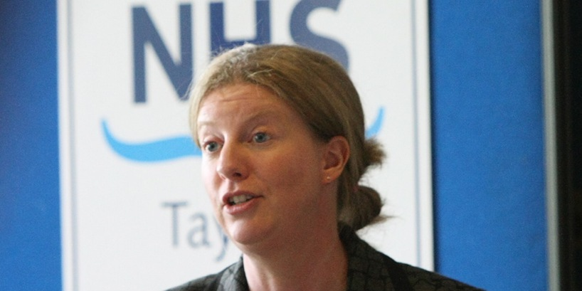 DOUGIE NICOLSON, COURIER, 31/08/10, NEWS.