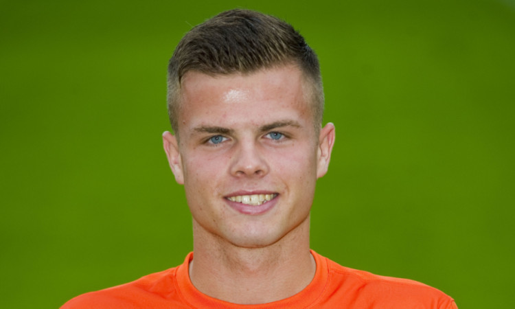 Luke Johnston has signed on loan from Dundee United.