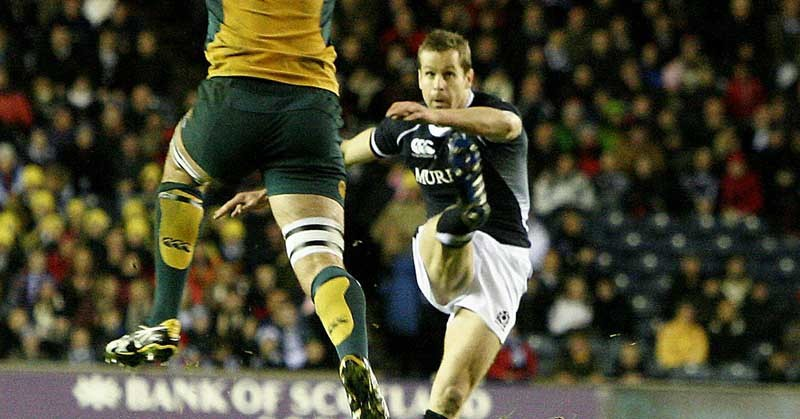 Rugby, Scotland v Australia.     Chris Paterson fires over the winning kick.     Scotland beat Australia for the first time in 27 years.