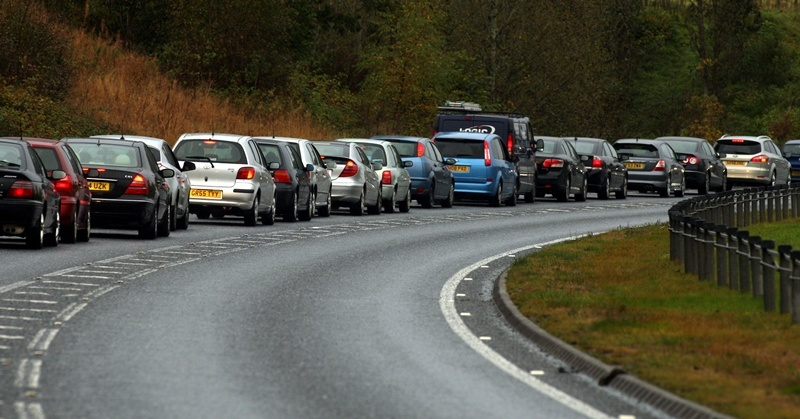 John Stevenson, Courier,22/10/10 Perth,Fatal crash on the A9 north of Killiecrankie.Pic shows long qu eues of traffic at a standstill  hea ding north at Pitlochry.