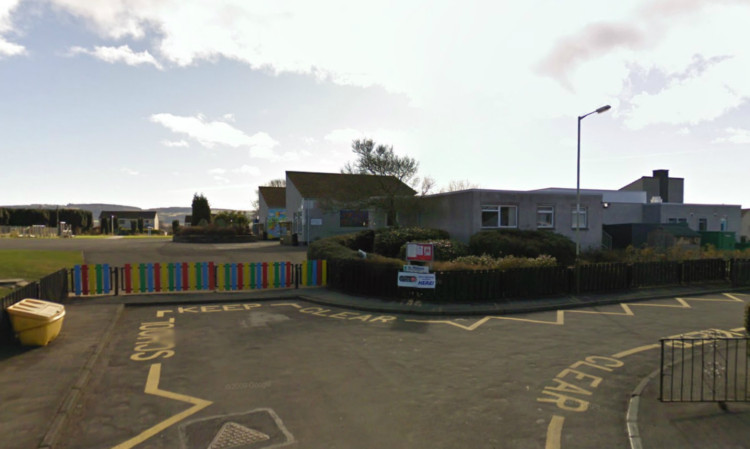 McFarlane attacked his girlfriend in the playground of St Madoes Primary.