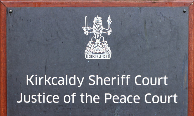 Kris Miller, Courier, 10/09/12. Picture today shows building exterior sign for Kirkcaldy Sheriff Court for story about possible closure.