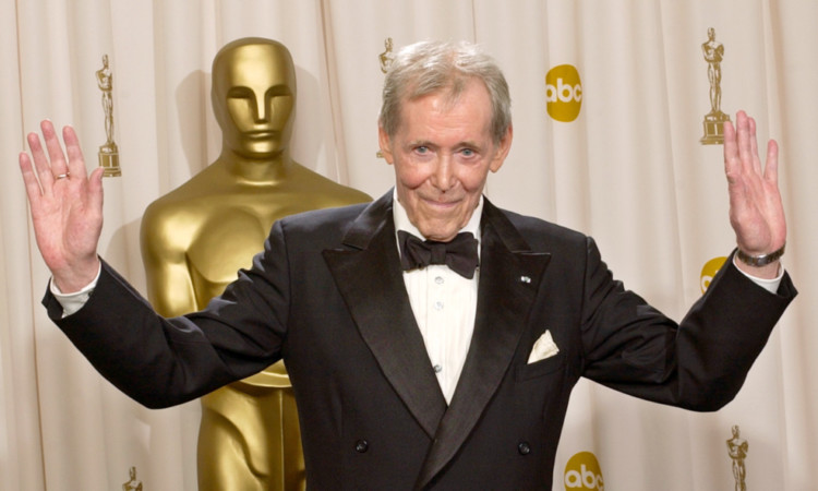 Politicians and actors have been paying tribute to Peter O'Toole.
