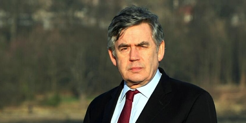 DOUGIE NICOLSON, COURIER, 16/01/12, NEWS.Pic shows MP Gordon Brown at Dalgety Bay today, Monday 16th January 2012. Story by Claire, Kirkcaldy office.