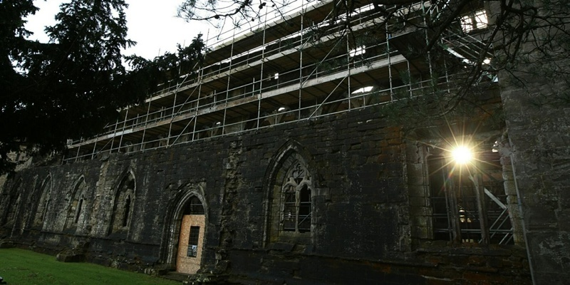 DOUGIE NICOLSON, COURIER, 18/01/12, NEWS.Pic shows the scaffolding round Dunkeld Cathedral today, Wednesday 18th January 2012. Story by Perth office.