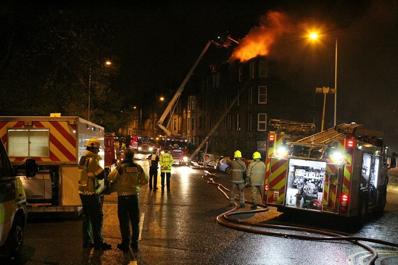 DOUGIE NICOLSON, COURIER, 25/04/12, NEWS.Pic shows the scene of the fire in Garland Place tonight, Wednesday 25th April 2012. NOTE - THESES PICS WERE ACTUALLY TAKEN AT JUST AFTER MIDNIGHT ON THE 26TH APRIL.