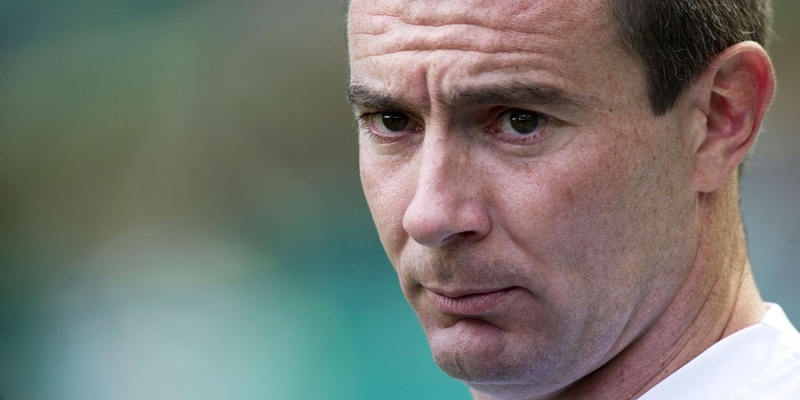 22/09/12 CLYDESDALE BANK PREMIER LEAGUE CELTIC v DUNDEE (2-0) CELTIC PARK - GLASGOW Dundee manager Barry Smith