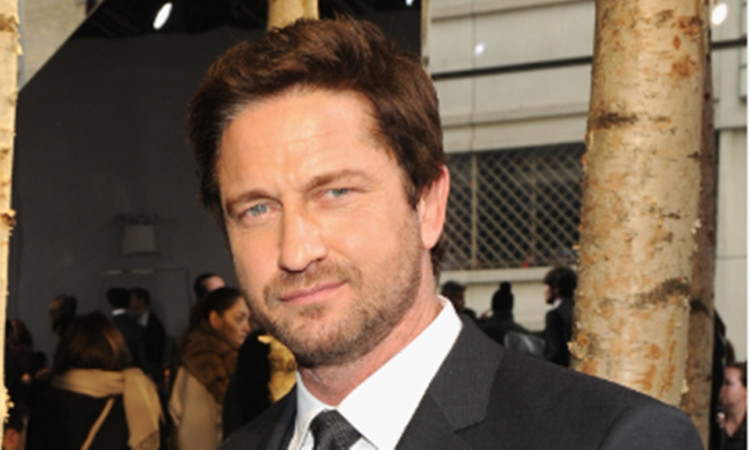 Gerard Butler Walks Red Carpet After Breaking Five Bones in His Foot
