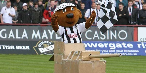Kim Cessford, Courier, - 23.04.11 - Dunfermline FC v Raith Rovers FC at East End Park - Dunfermline mascot raises the mood before kickoff