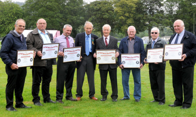 Ian McDiarmid, William Peebles, Grahame Aitchison; show director David Armstrong (presented awards), David Wishart, Norman Rodger, George Menzies and James Auchterlonie.