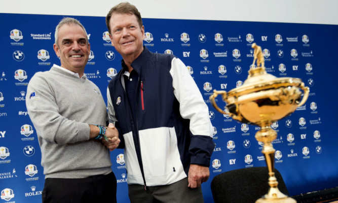 Team Europe captain Paul McGinley (left) and Team USA captain Tom Watson shake hands as they hold a joint press conference ahead of the Ryder Cup at Gleneagles.
