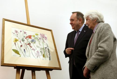 First Minister Alex Salmond with artist Dame Elizabeth Blackadder.