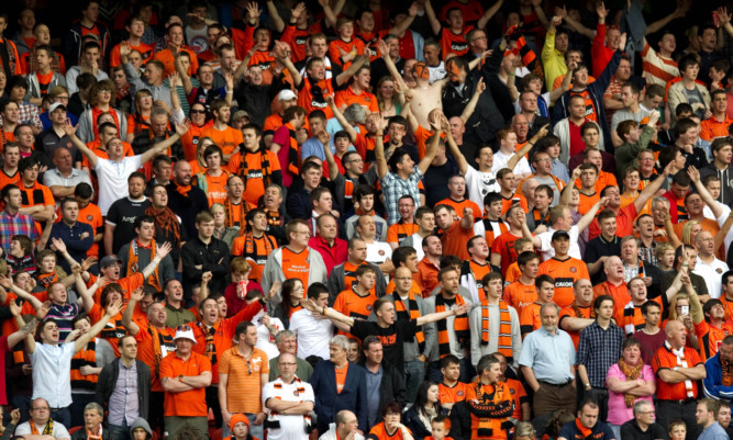 Stephen Thompson called for a 'sea of Tangerine' to greet his players.