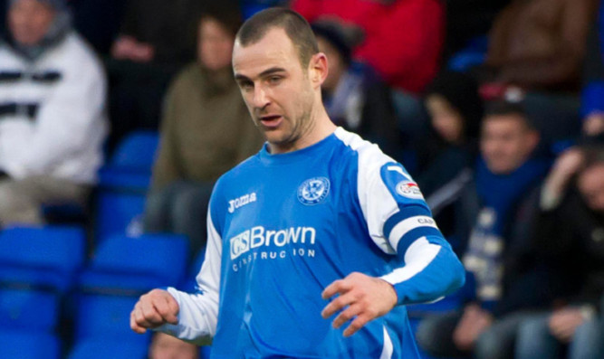 29/12/12 CLYDESDALE BANK PREMIER LEAGUE ST JOHNSTONE v ICT (0-0) MCDIARMID PARK - PERTH Dave MacKay in action for St Johnstone.