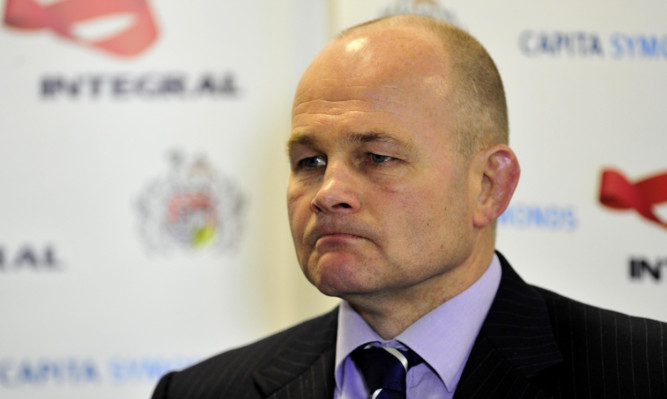 Former Scotland coach Andy Robinson has been named Bristol's new Director of Rugby.