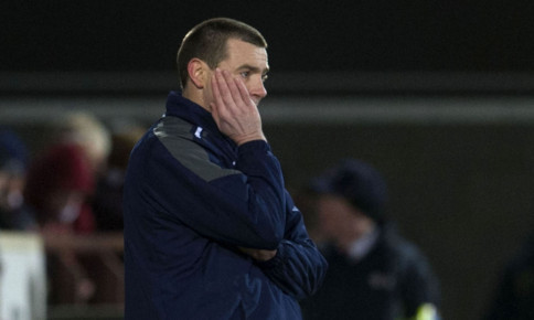 30/01/13 CLYDESDALE BANK PREMIER LEAGUE HEARTS V DUNDEE (1-0) TYNECASTLE - EDINBURGH Dejection for Dundee manager Barry Smith.