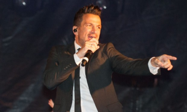 Peter Andre performs at the switch-on.