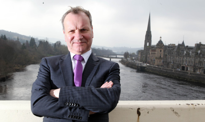The Forward Togehter group aims to oust SNP MP Pete Wishart at the upcoming general election.