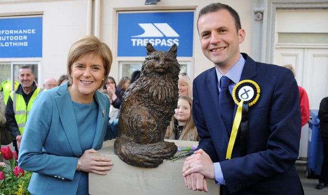 Ms Sturgeon and candidate Stephen Gethins, who has received abusive mail.