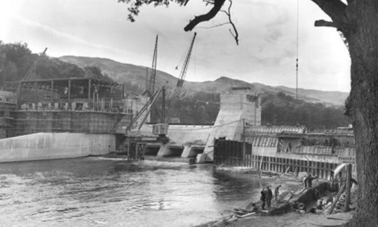 Pitlochry dam and power station under construction in 1949.