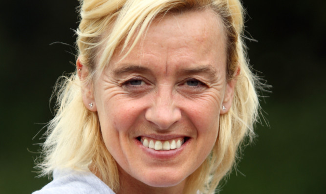 Liz McColgan will take part in ITV's new reality show Eternal Glory.