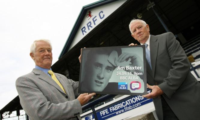 Baxter's former teammates at Raith Rovers Jim Thorburn (left) and Denis Mochan.