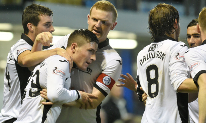 27/10/15 SCOTTISH LEAGUE CUP QUARTER FINAL MORTON v ST JOHNSTONE CAPPIELOW - GREENOCK St Johnstone's Michael O'Halloran (second from left) celebrates having put his side 2-1 ahead