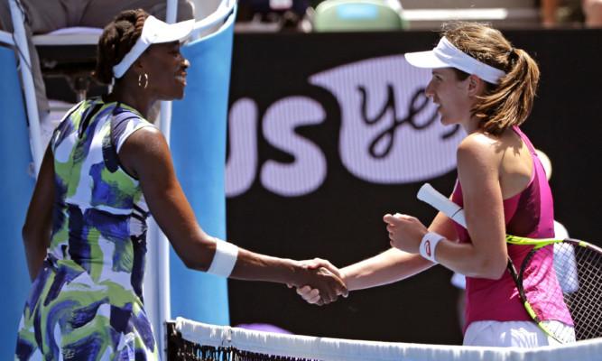 Venus Williams congratulates Johanna Konta.