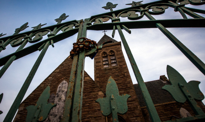 Developers have won extra time to progress the conversion of the derelict Kinfauns Church.