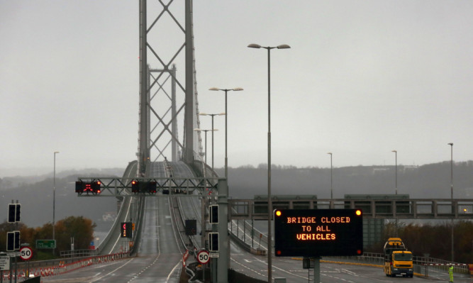 The Forth Road Bridge was closed  to all traffic last month after a fault was found on the crossing.