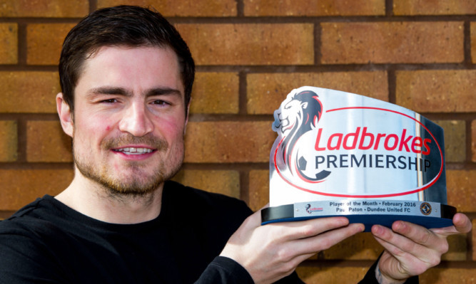 Dundee United player Paul Paton has won the Ladbrokes Premiership Player of the Month Award for February.