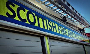 Firefighters attended Dundee's Court Street North this morning to combat a flat fire