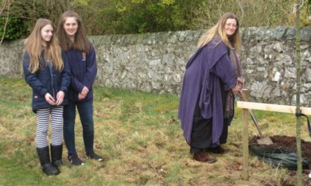 Alistair's daughters Elizabeth and Helen and his wife Catriona.