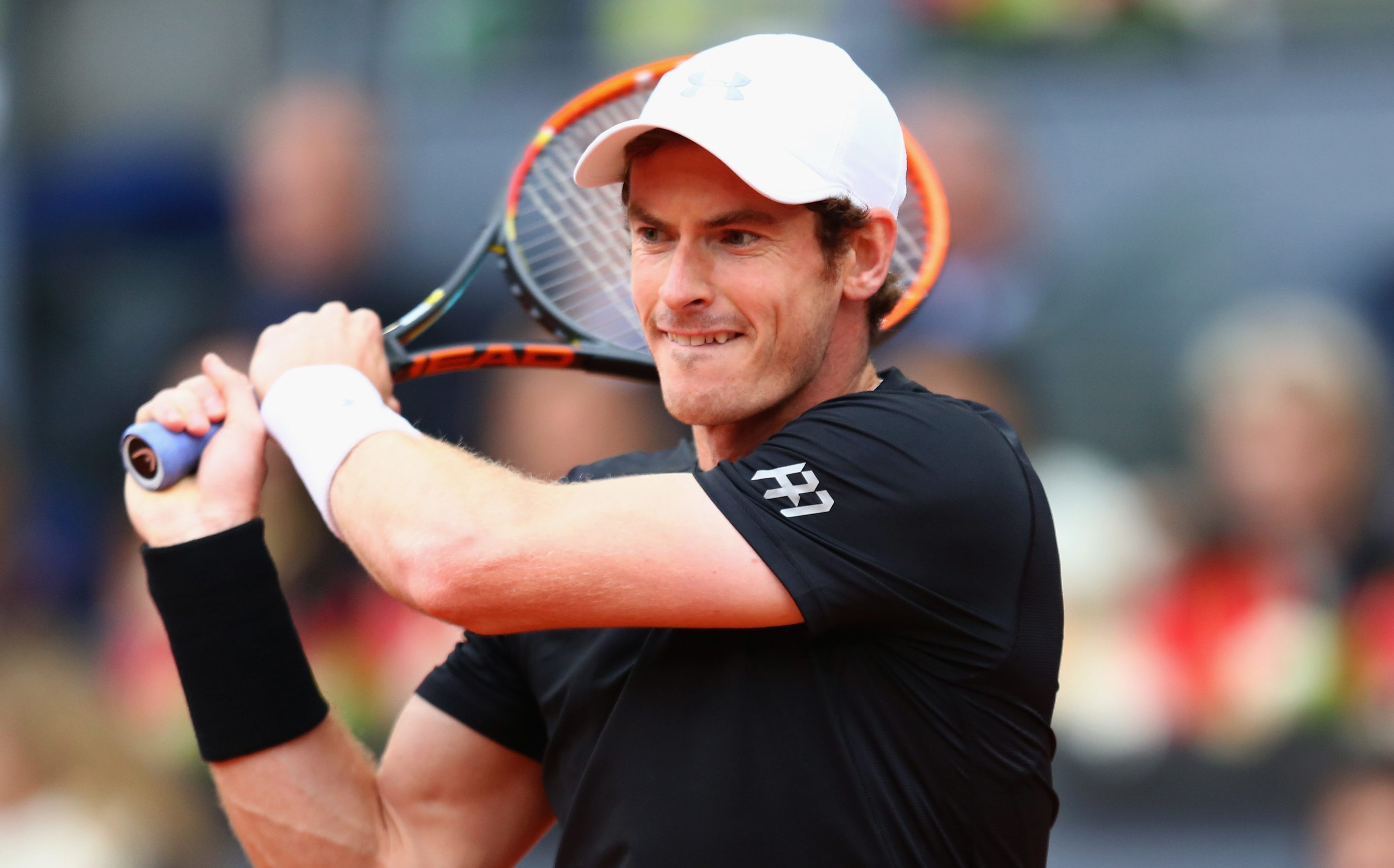 Andy Murray has split from his coach ahead of a busy summer.