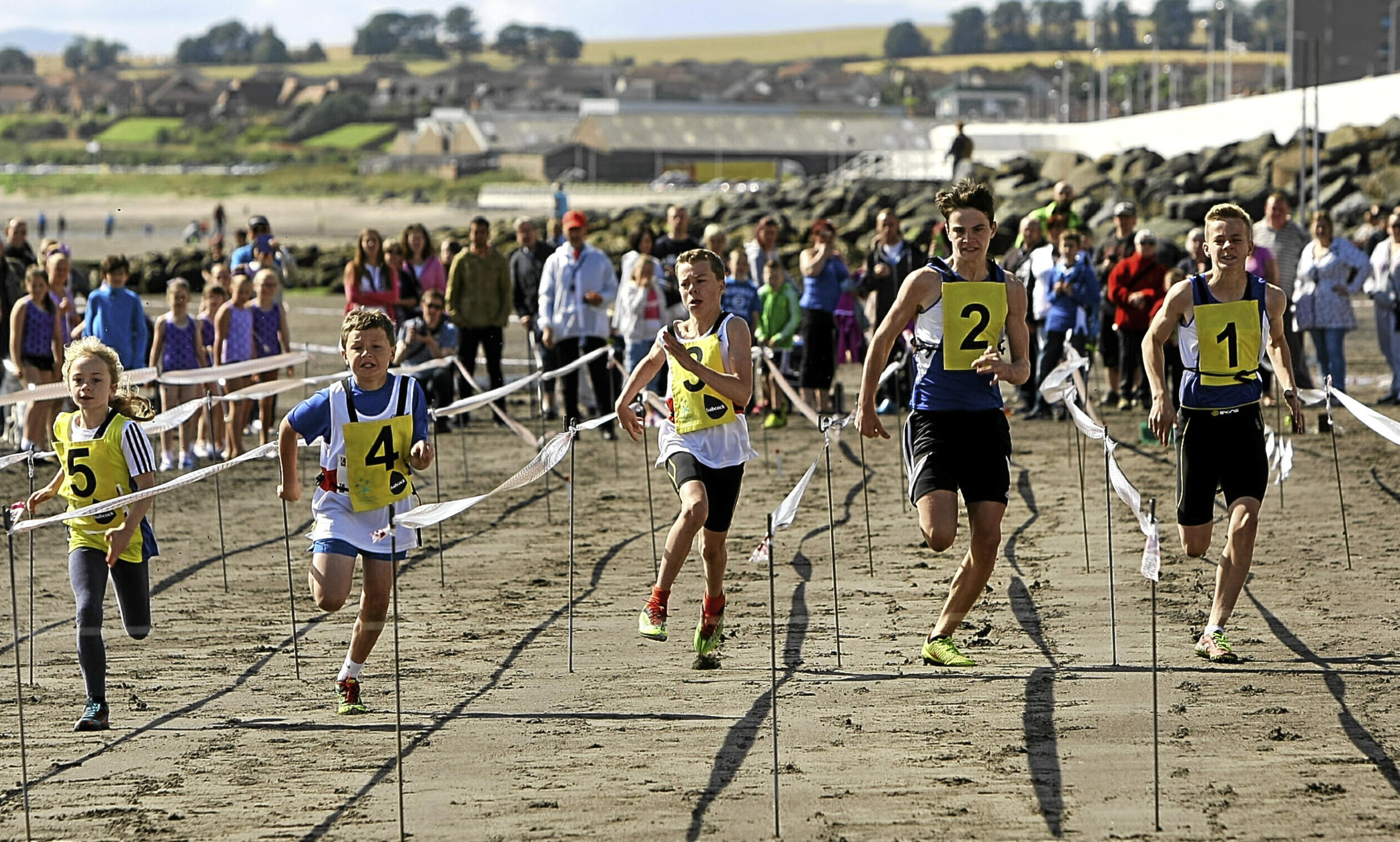 Action from last year's Kirkcaldy Waterfront Beach Highland Games.