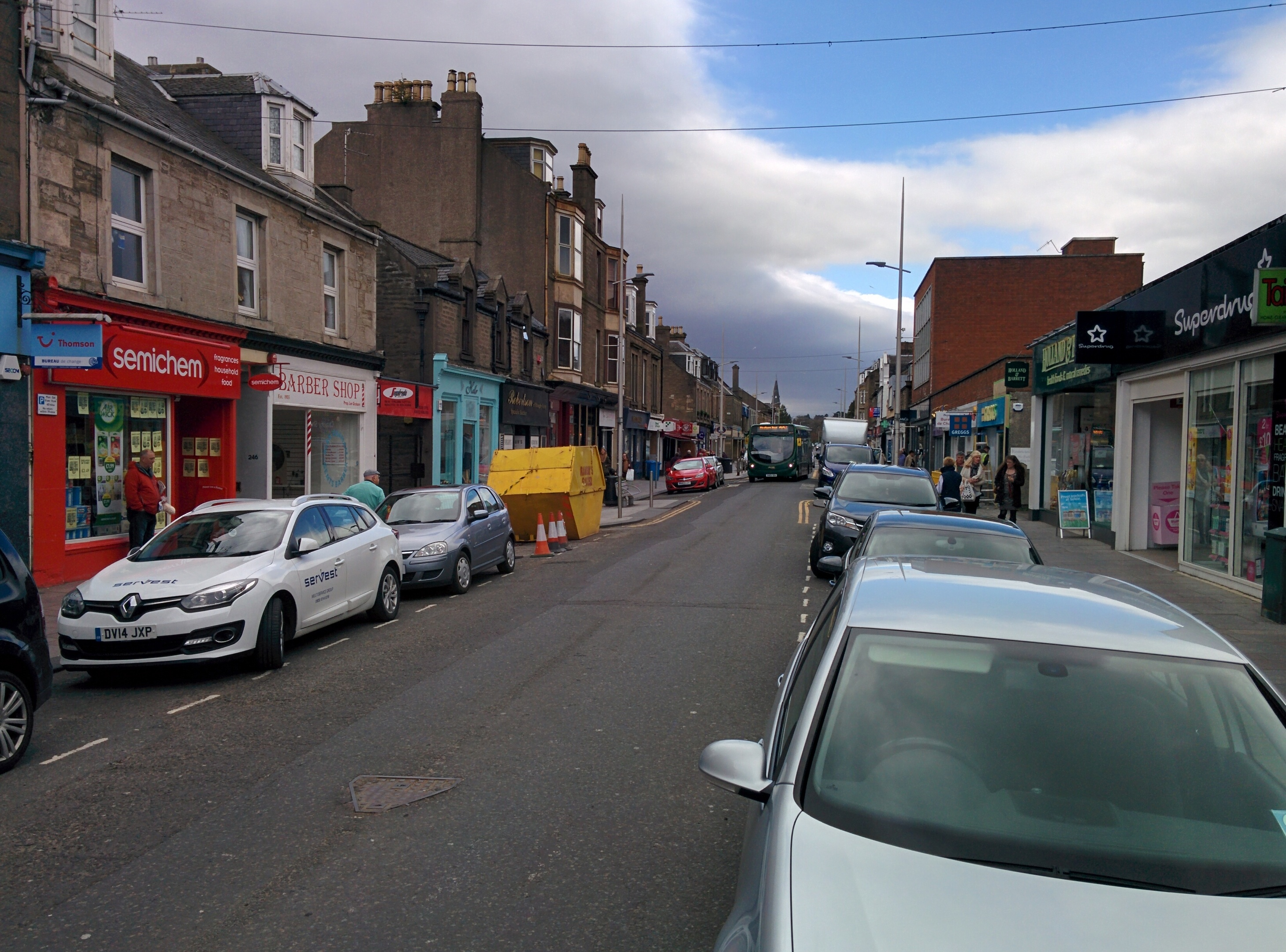 A quieter shopping scene in Brook Street, Broughty Ferry.