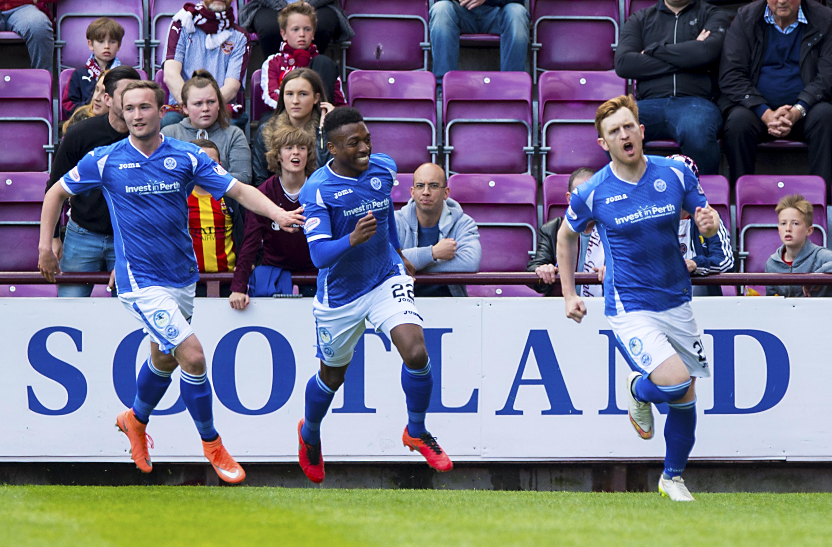 Liam Craig (right) celebrates his goal.