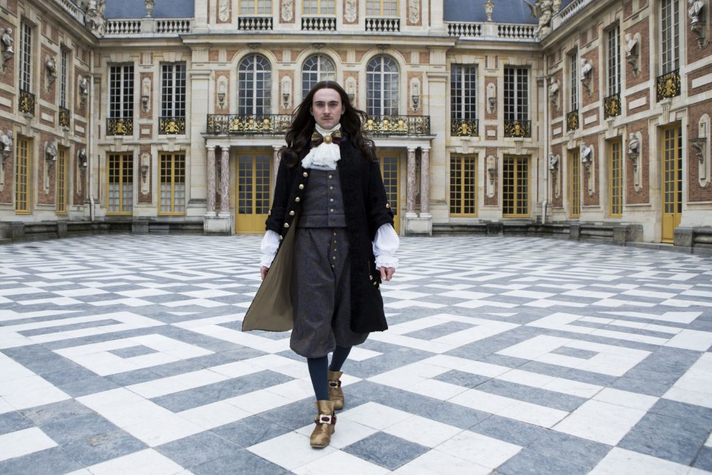 Louis XIV played by George Blagden.
