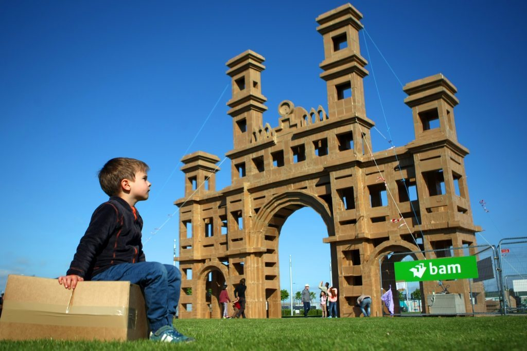 Dundee hopes to attract and develop more major events, such as the Dundee Design Festival, which featured a project to recreate the Royal Arch from cardboard - and then crush it.
