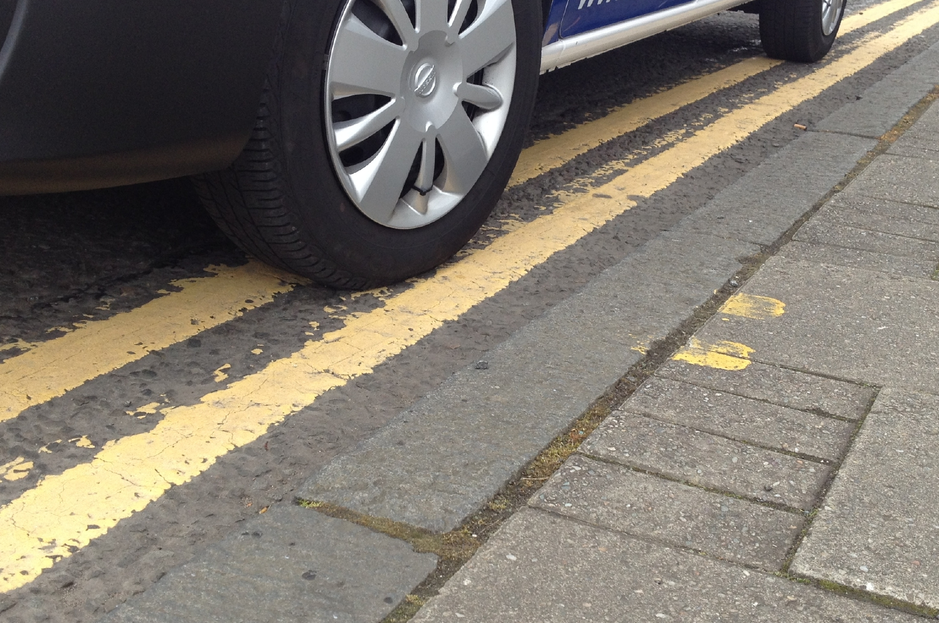 Residents are campaigning for double yellow lines.