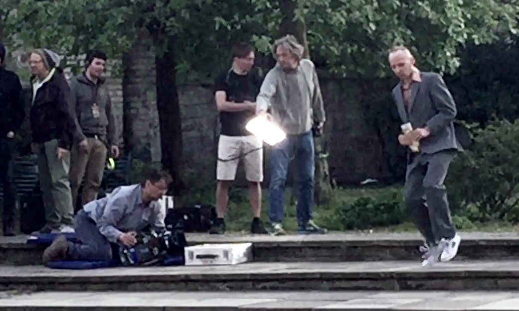 Ewen Bremner (right), as Spud, filming in Edinburgh.