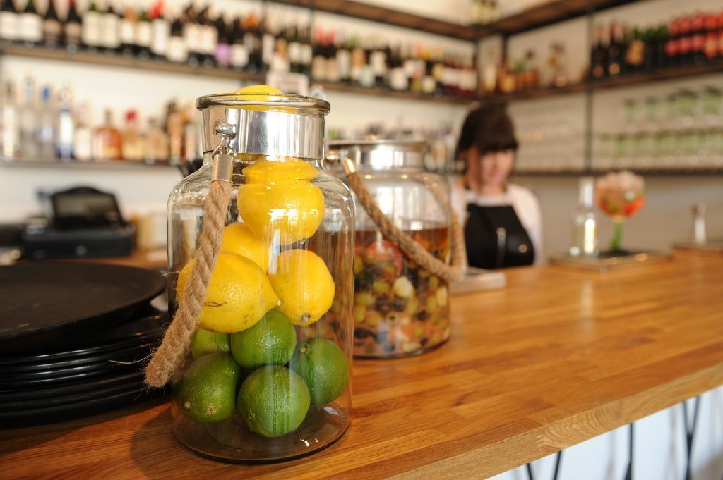 Courier Features - Dundee - Restaurant Review - Gallery 48 restaurant review. Picture shows; interior detail, Gallery 48, 48 West Port, Dundee, Monday, 27 June 2016