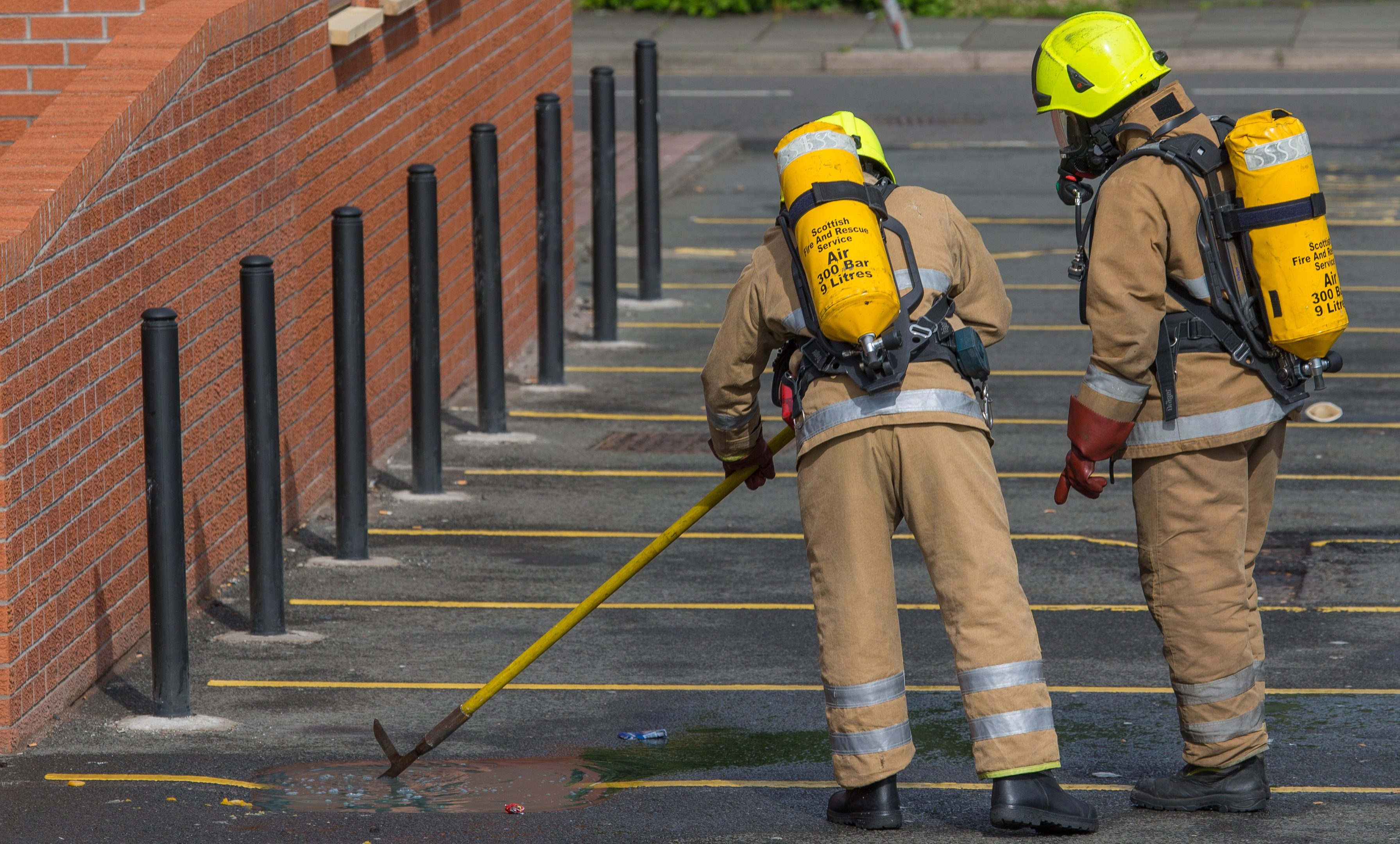 A suspected chemical incident resulted in a massive turnout of the emergency services to attend Glenrothes Bus Station on Wednesday evening.
